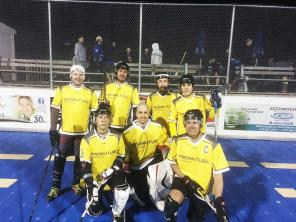 A street hockey team decked out in yellow!